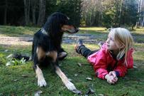 Barn og hund Foto Eva Kristine Stav