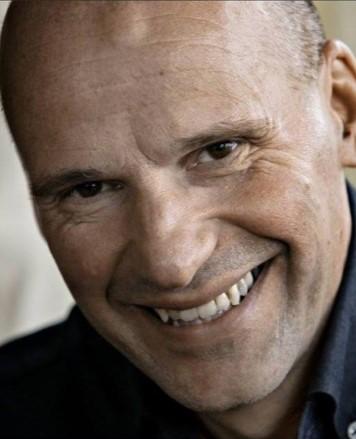 Advokat Geir Lippestad representerer alle de saksøkte partene